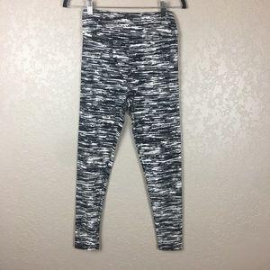LulaRoe Black & White leggings